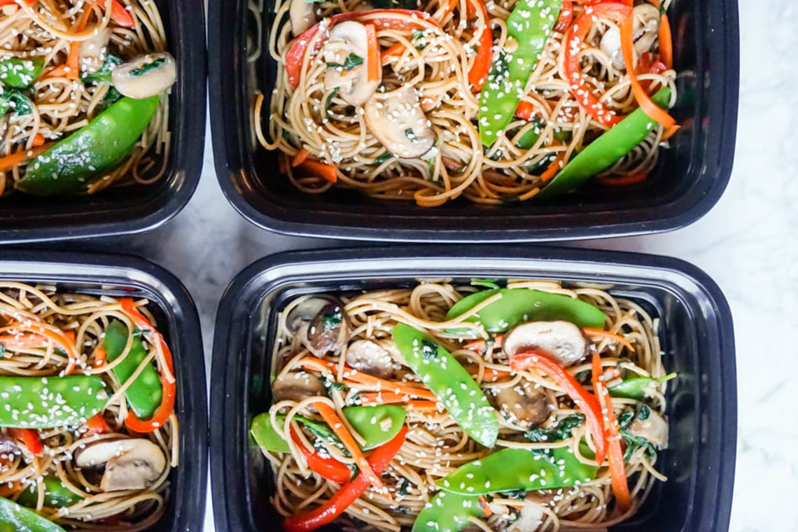 Meal Prep: Vegetable Lo Mein