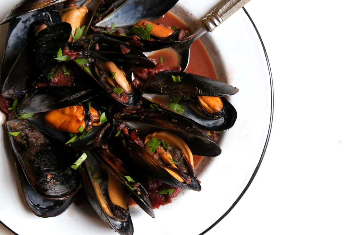 Mussels in Red Wine