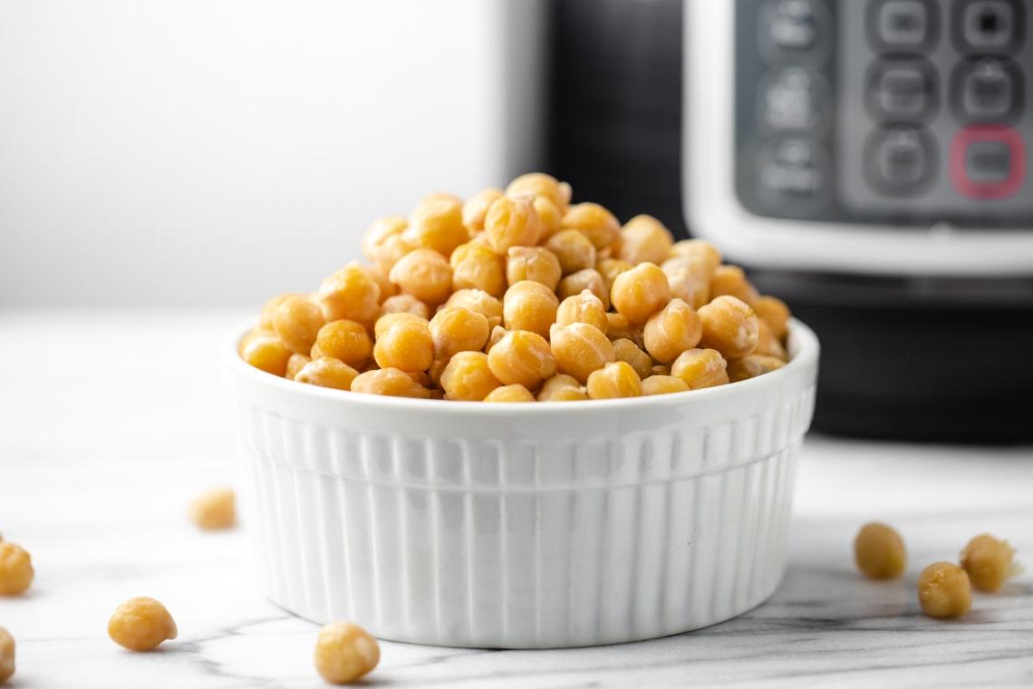 Pressure Cooker Garbanzo Beans