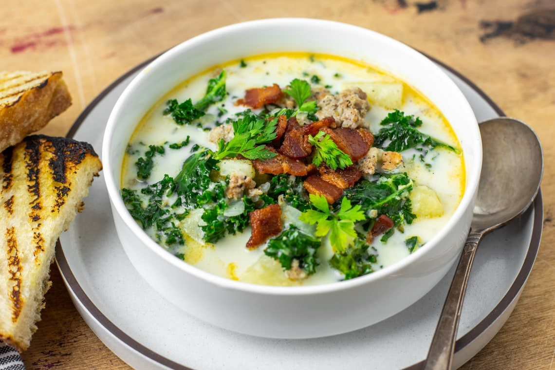 Pressure Cooker Zuppa Toscana (Tuscan Soup)