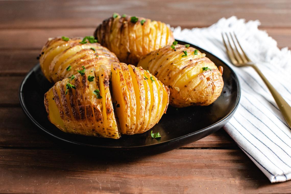 CrispLid Hasselback Potatoes