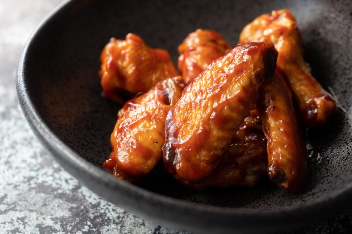 CrispLid BBQ Chicken Wings