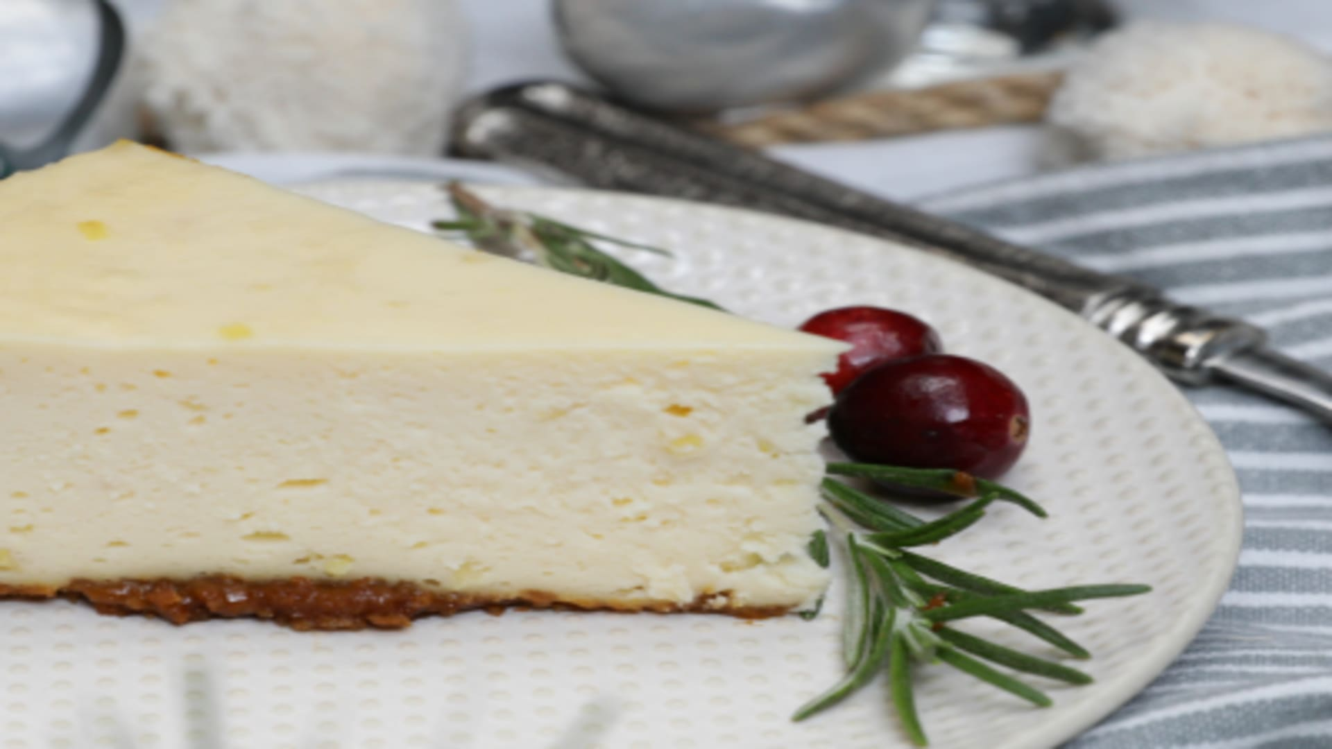 Image forPressure Cooker Holiday Gingersnap Cheesecake