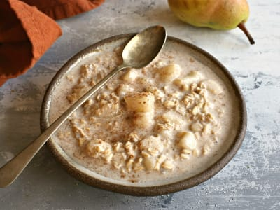 Image forAutumn Pear and Cinnamon Overnight Oats