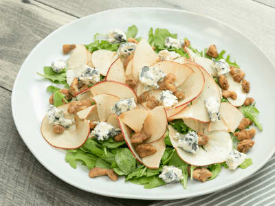 Image forArugula with Apples, Walnuts, and Blue Cheese