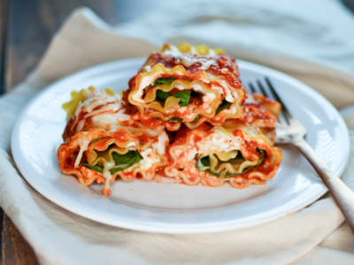 Image forSpinach and Cheese Lasagna Rolls