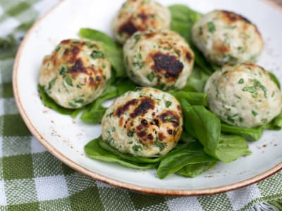 Image forCrispLid Turkey and Spinach Meatballs