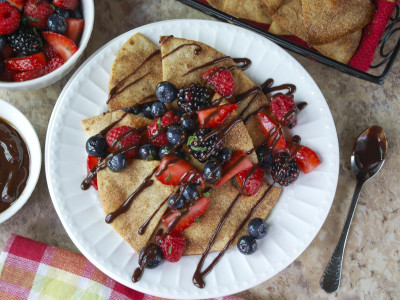 Image for Churro Dessert Nachos with Berry Salsa and Chipotle Chocolate Drizzle