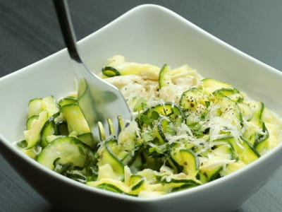 Image for Skinny Chicken Alfredo Zoodles
