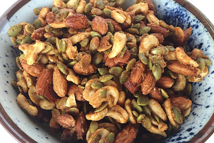 Image for Honey Mustard and Onion Roasted Nuts