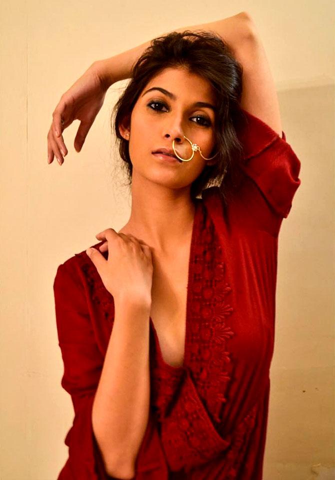 Deepak Tijoris Daughter Samara Tijori hot Photos