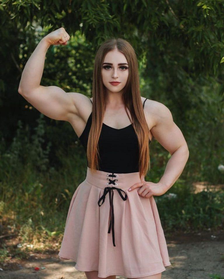 Julia Vins Muscle Barbie