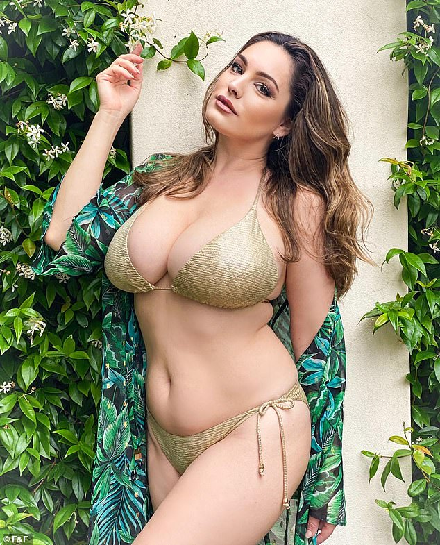 world sexiest and beautiful women kelly brook