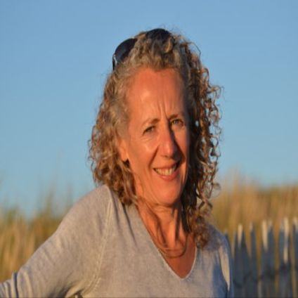 Dr Chrisrine Balleau