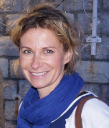 Dr Estelle Morau