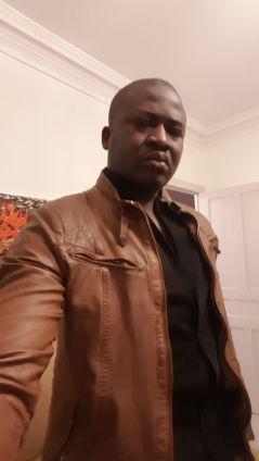 Dr Magnoudewa Poko