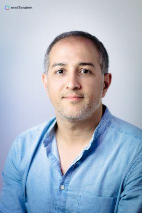 Dr Nassim Hansal
