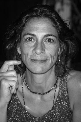 Dr Emmanuelle Piot