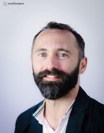 Dr Eryk Eisenberg