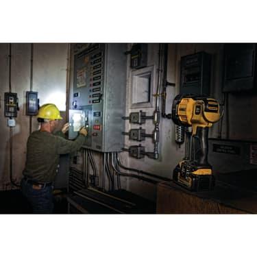 18 В Светодиодный фонарь, 1000 люмен, без аккумуляторов и ЗУ - photo 4