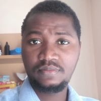 Titulaire d'une Licence en Mathématique et bientôt ingenieur