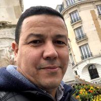 Professeur bilingue diplômé du centre de formation des instituteurs