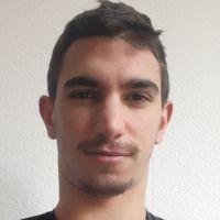 Je suis étudiant en M2 en faculté d'économie à l'université de Strasbourg et je donne des cours dans cette ville