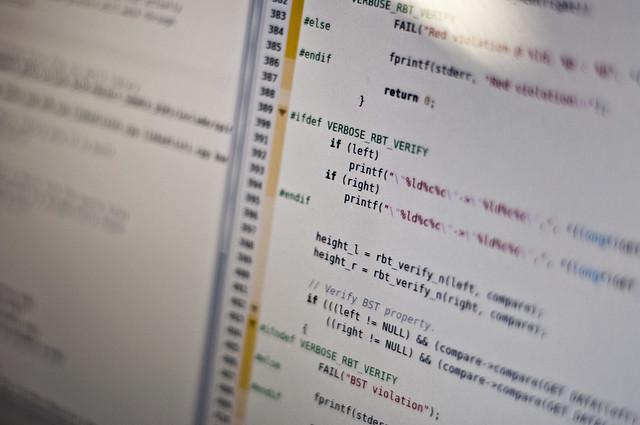 ぐだぐだ言ってないでコードを書けよ、自分! - 「Webサービスのつくり方」