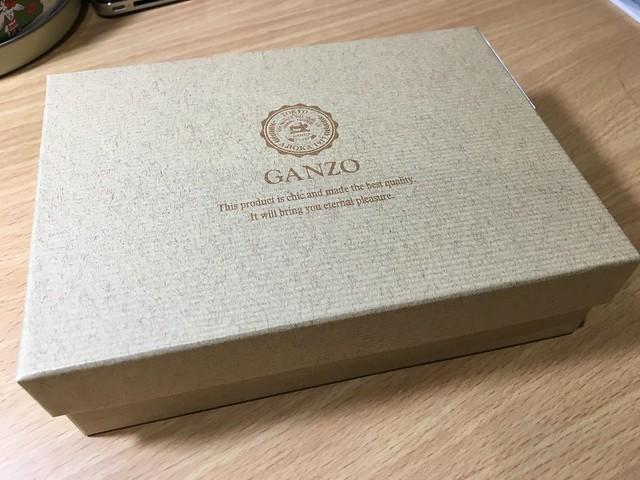 大人の高級革財布 GANZOのTHIN BRIDLE (シンブライドル) 二つ折り財布のレビュー!