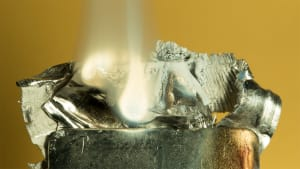 Burning magnesium