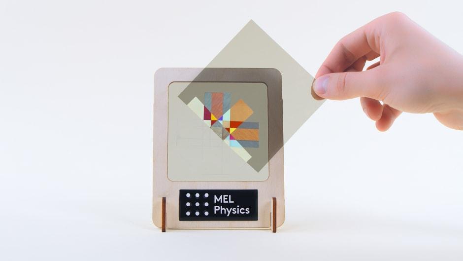 Polarized light mosaic
