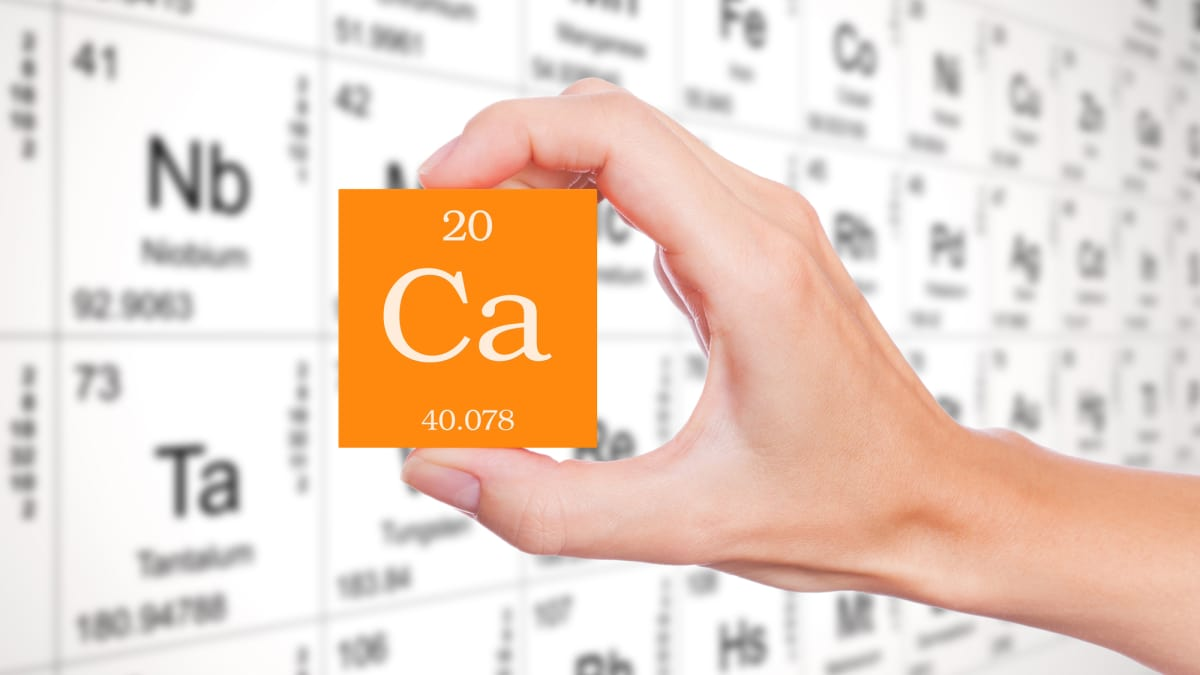 Chemical and physical characteristics of calcium its interaction chemical and physical characteristics of calcium its interaction with water mel chemistry biocorpaavc Image collections