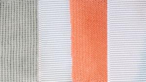 Dyeing cloth