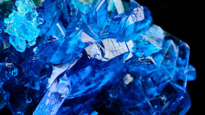General characteristics of copper sulfate, its reaction with