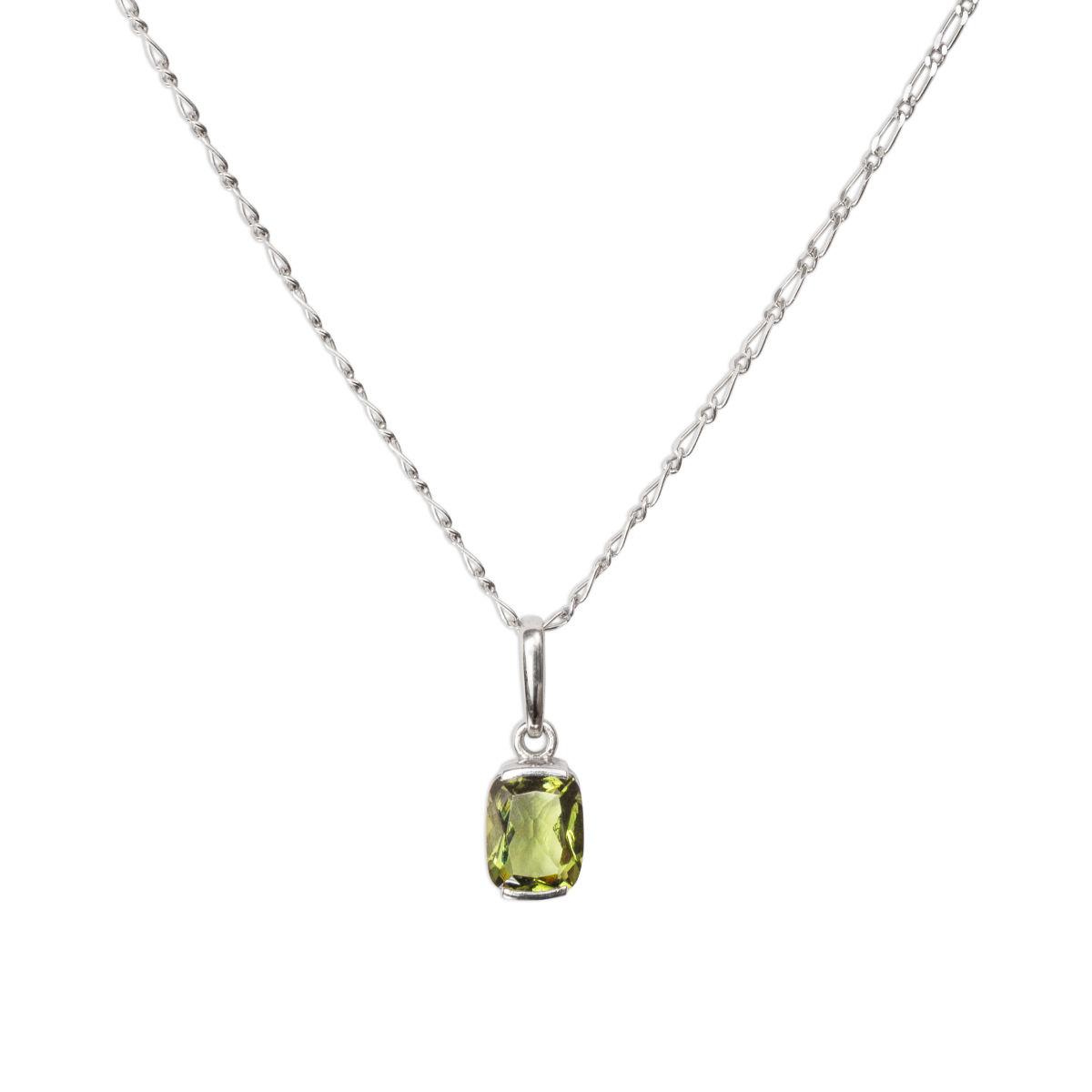 Stříbrný náhrdelník svltavínem
