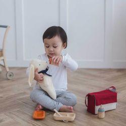 Doll Feeding Set - Plan Toys