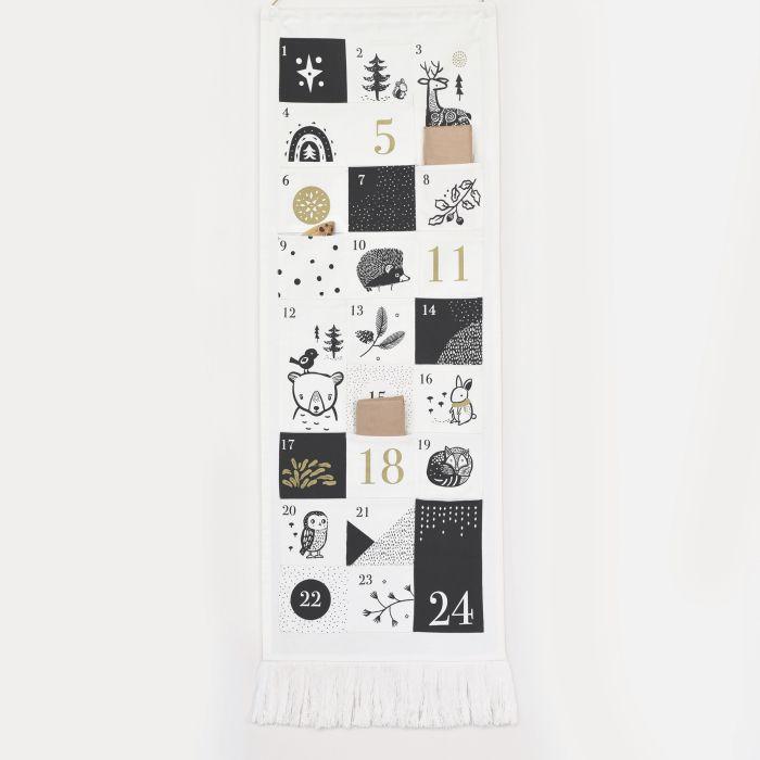 Festive Friends 24 Pocket Advent Calendar