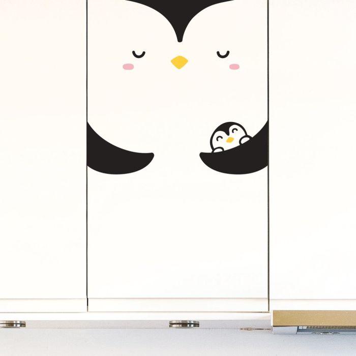 Medium Pumi The Penguin Decal