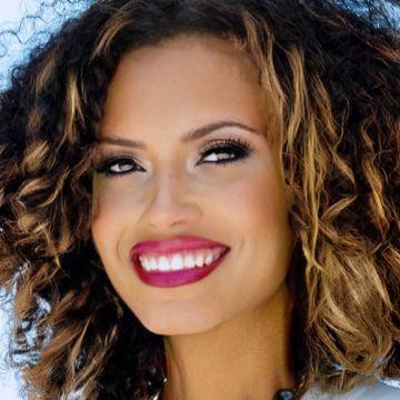 Danielle Mills