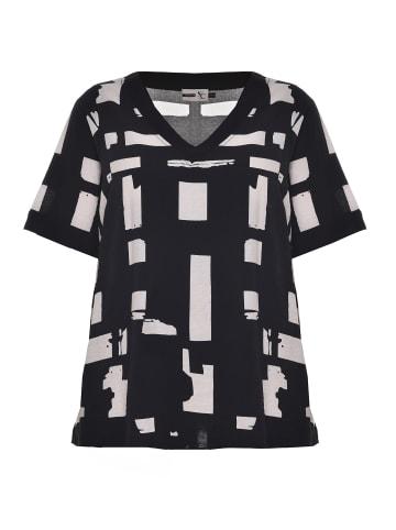 Studio Kurzarmbluse Christine in black white patterned
