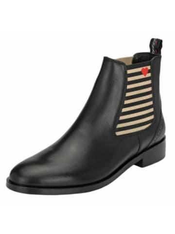 CRICKIT Suvi Chelsea Boots