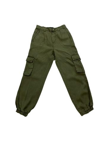 THREE OAKS Tencel Cargo Pants in Grün