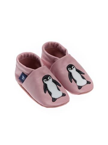 Pantau IT'S A SMALL WORLD Hausschuhe / Lederpuschen mit Pinguin in Rosa / Weiß
