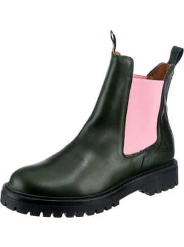 JOLANA & FENENA Chelsea Boots