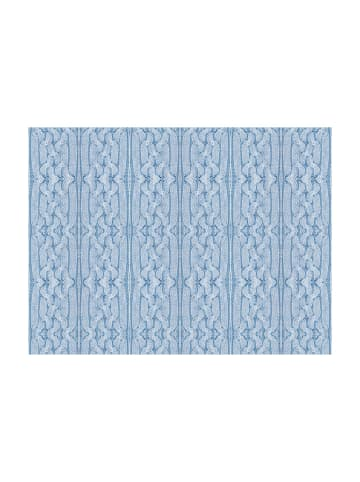 Artgeist Fototapete Blauer Pullover in Himmelblau