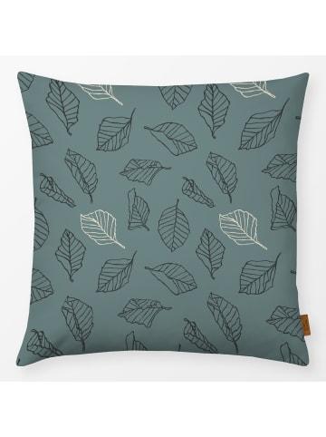 """Textilwerk.com Kissen """"Sketched Autumn Leaves 2"""" in Blau / Schwarz / Weiss"""
