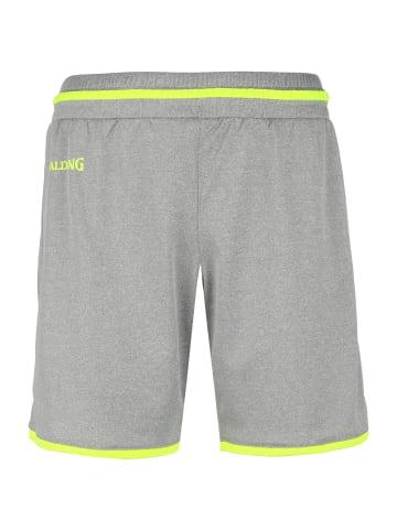 Spalding Shorts Move in dunkelgrau / neongelb