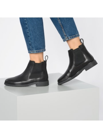 Clarks Griffin Plaza Chelsea Boots