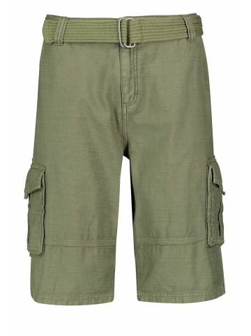 Authentic Style Shorts in olive