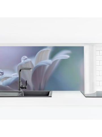 Bilderwelten  Küchenrückwand - Behind Closed Eyes in Violett